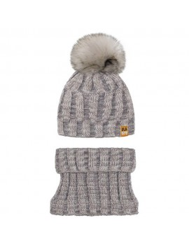 WINTER HAT AND SNOOD...